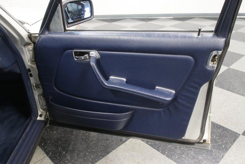 1985 Mercedes-Benz 300D 67