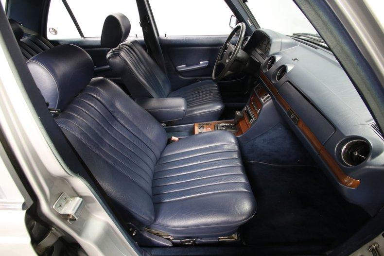 1985 Mercedes-Benz 300D 63
