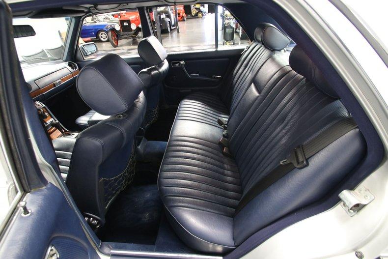 1985 Mercedes-Benz 300D 59
