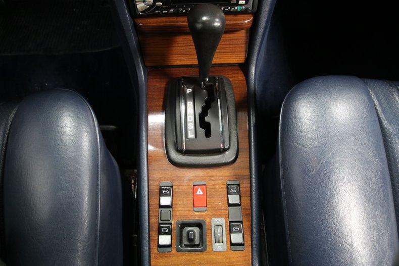 1985 Mercedes-Benz 300D 53