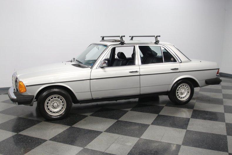1985 Mercedes-Benz 300D 6