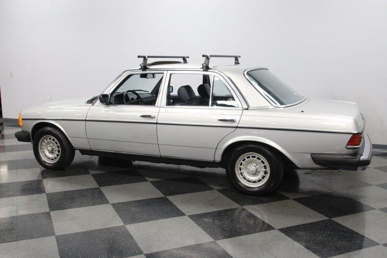 1985 Mercedes-Benz 300D 8