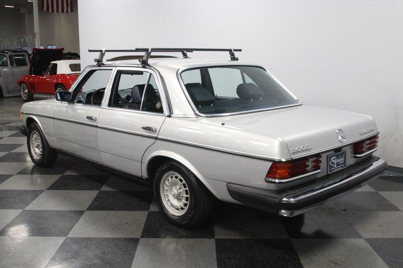 1985 Mercedes-Benz 300D 9