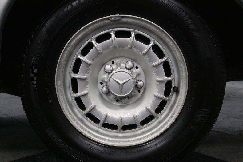 1985 Mercedes-Benz 300D 78