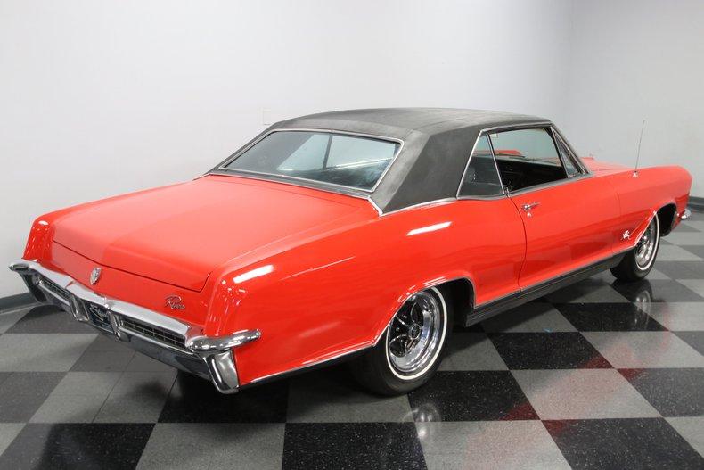 1965 Buick Riviera 30