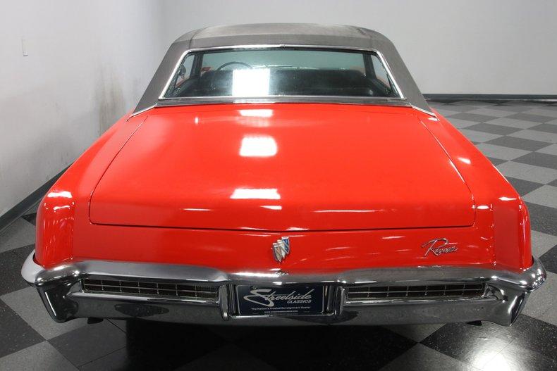 1965 Buick Riviera 11
