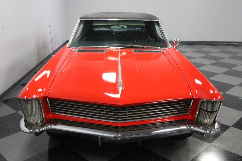 1965 Buick Riviera 21