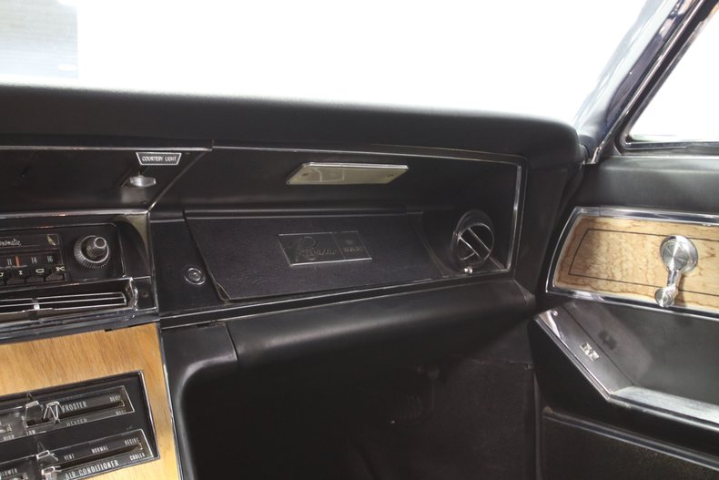 1965 Buick Riviera 56