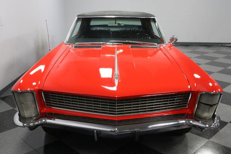 1965 Buick Riviera 19