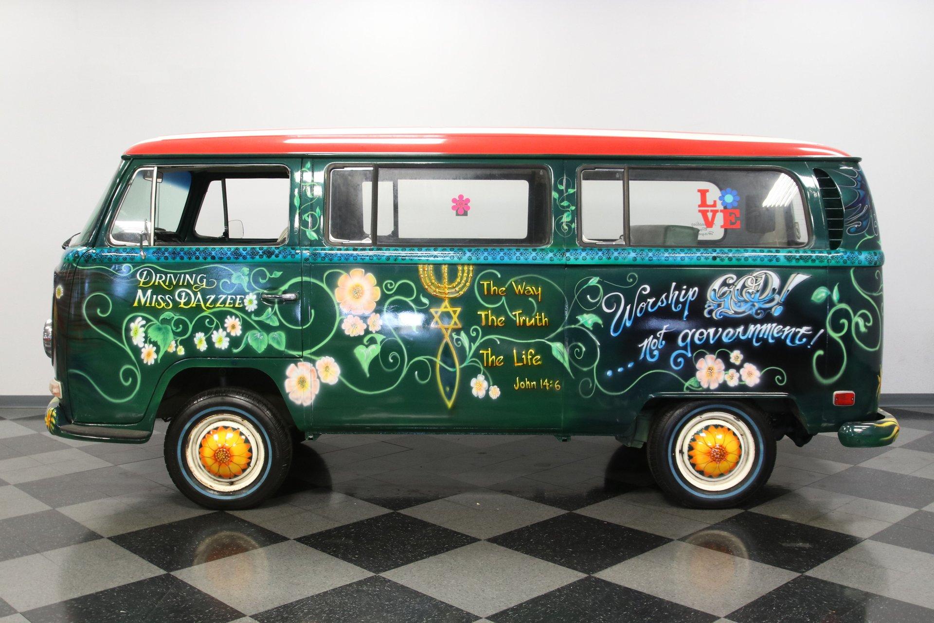 1970 volkswagen bus type 2