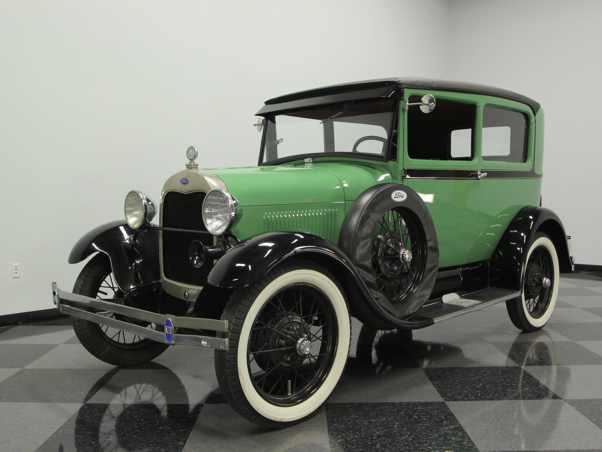 1928 ford model a sedan deluxe