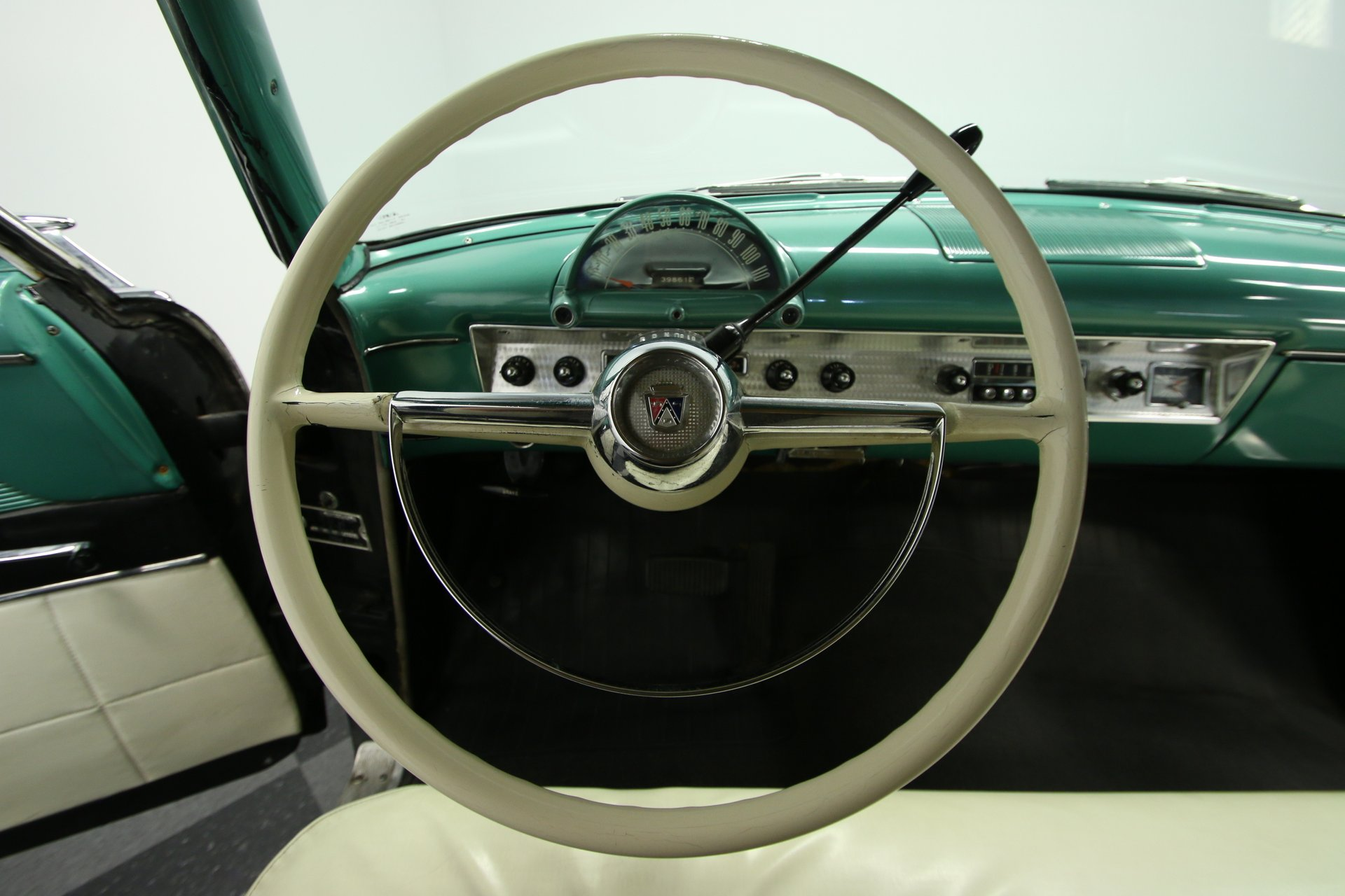 Diagram Of The 54 55 Fordomatic Steering Column And Steering
