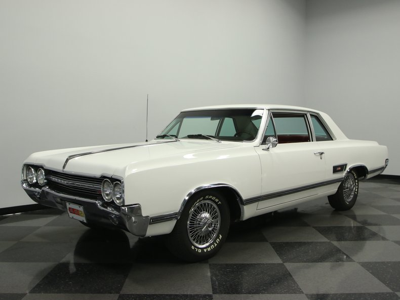 1965 Oldsmobile Cutlass | Streetside Classics - The Nation's