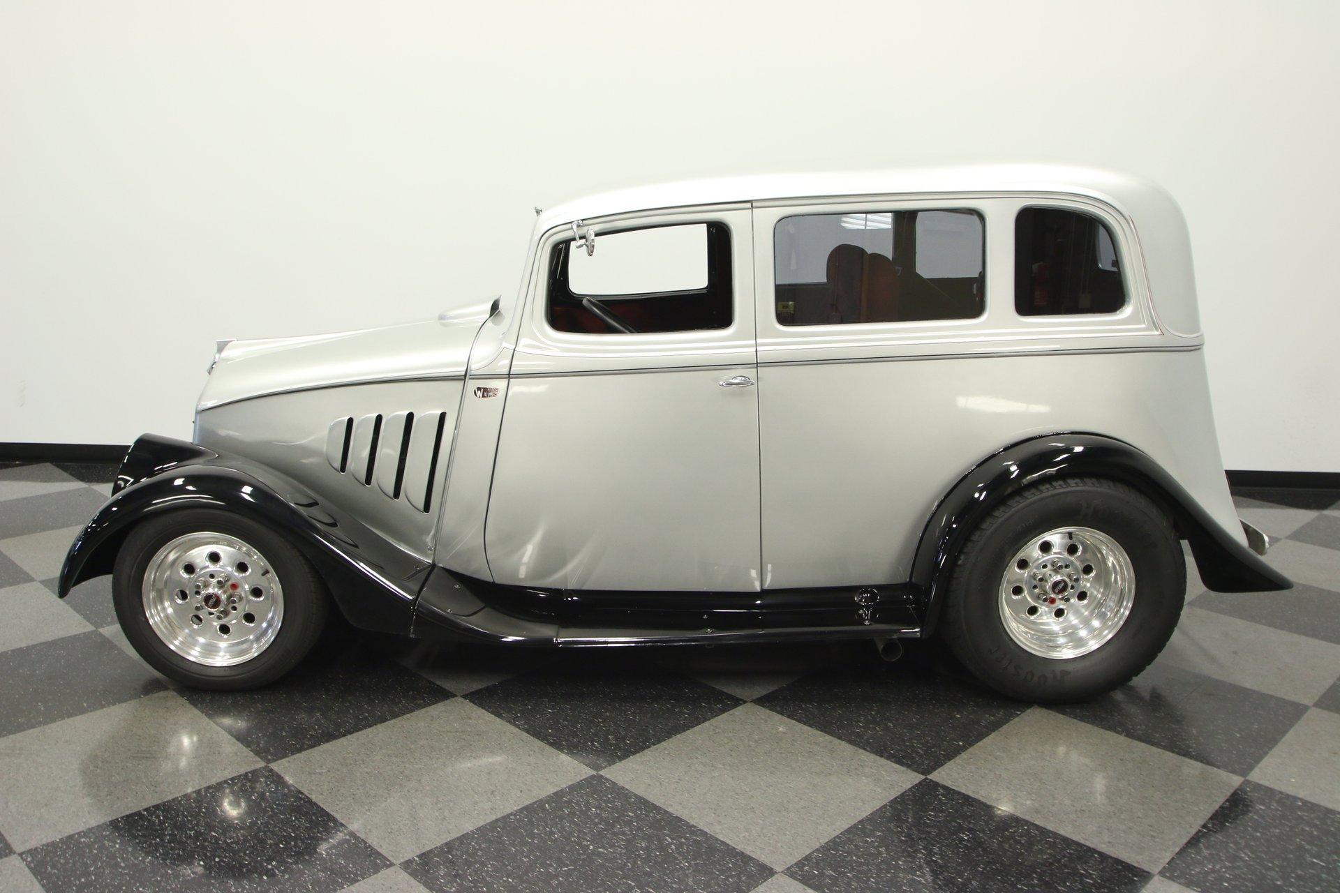 1933 willys 2 door sedan