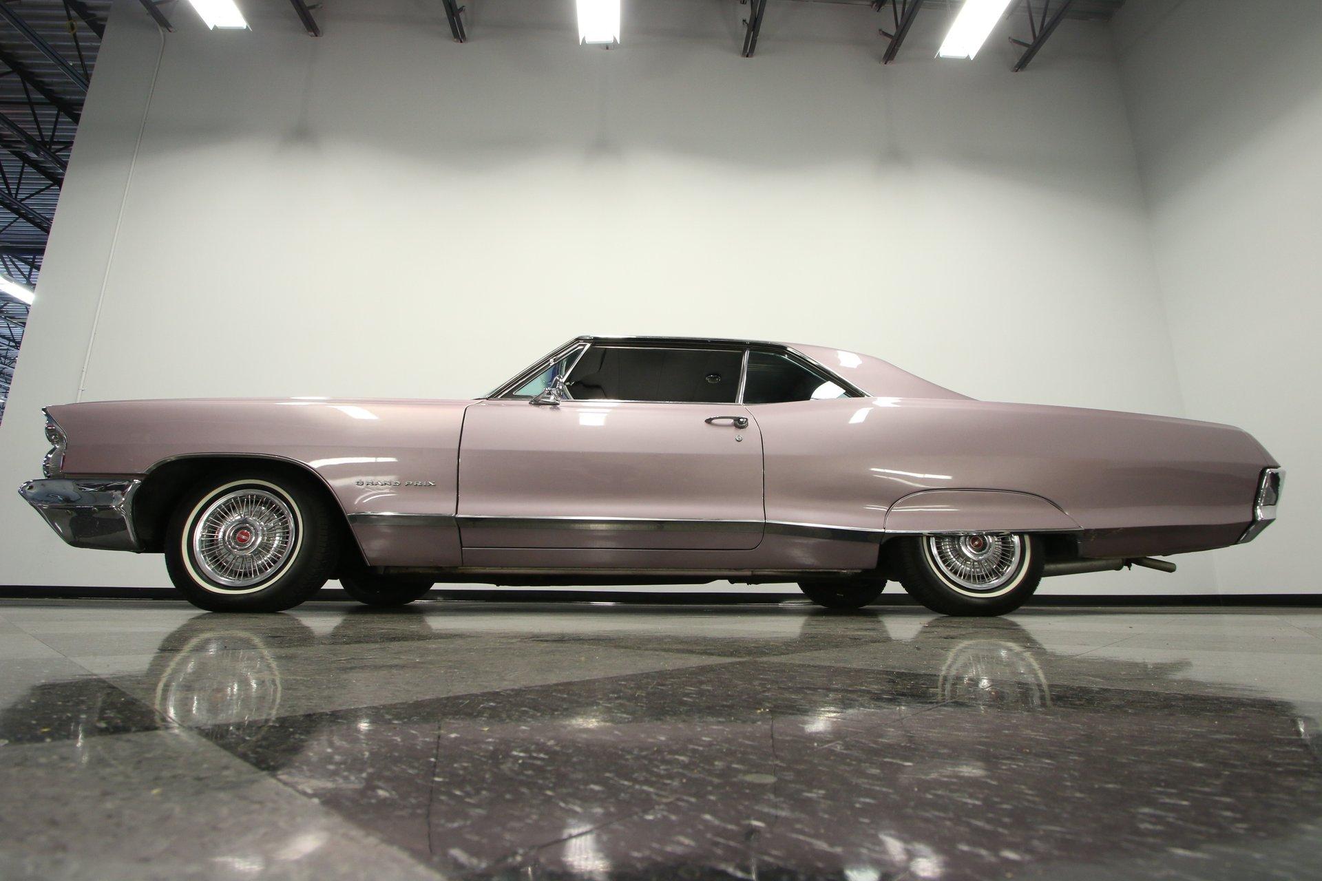 1965 Pontiac Grand Prix | Streetside Classics - The Nation's