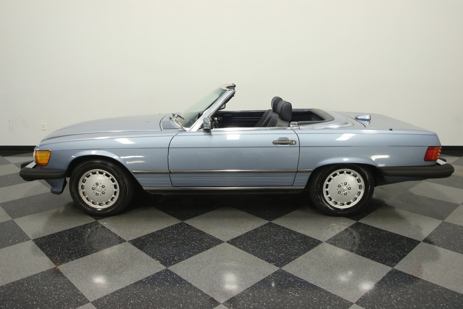 1987 mercedes benz 560sl