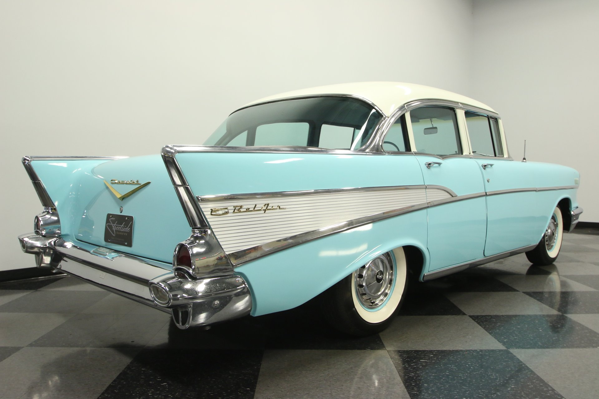 1957 Chevrolet Bel Air Streetside Classics The Nations Trusted Chevy Hardtop 4 Door For Sale Spincar View Play Video 360