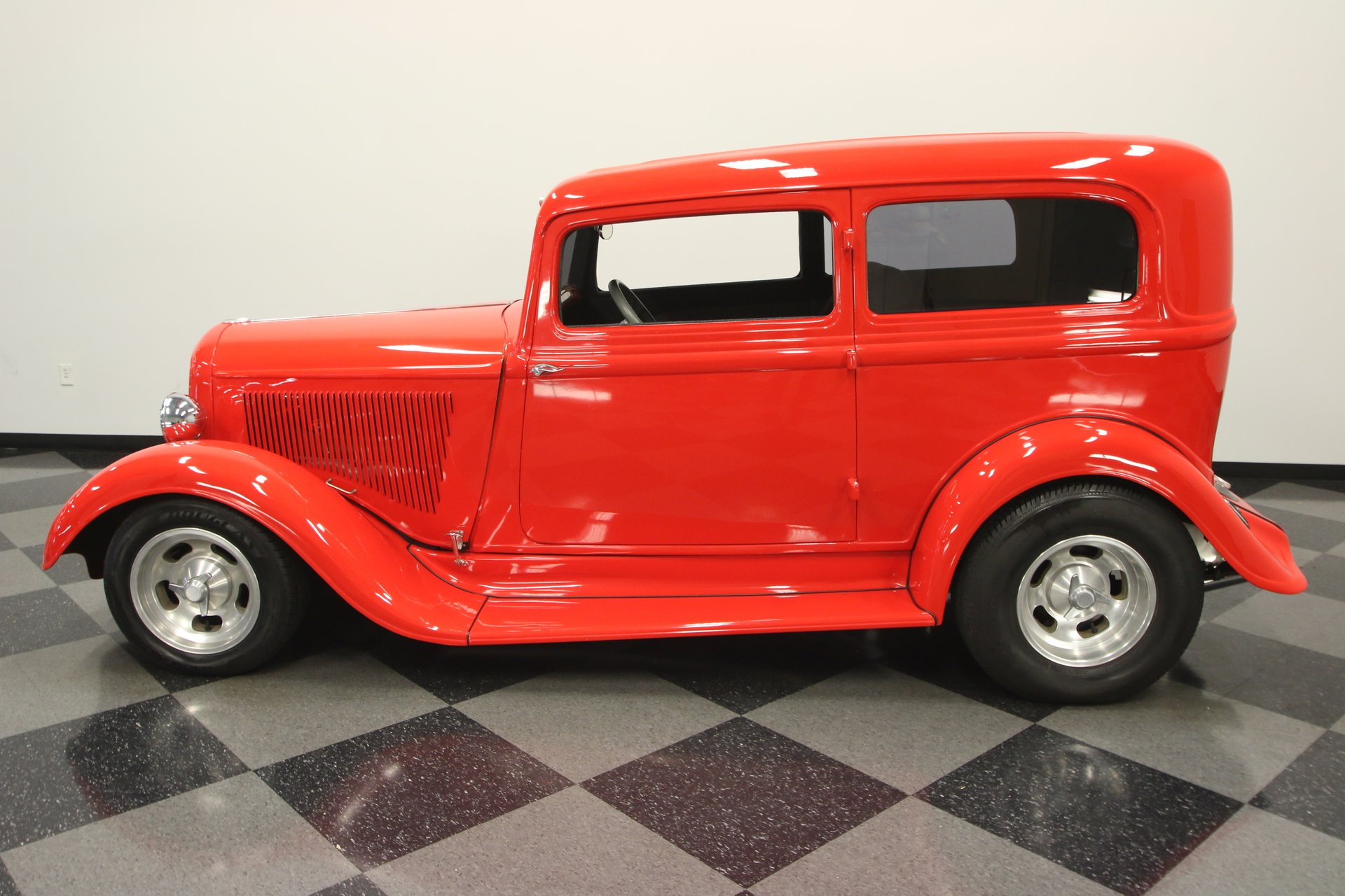 1933 plymouth 2 door touring sedan