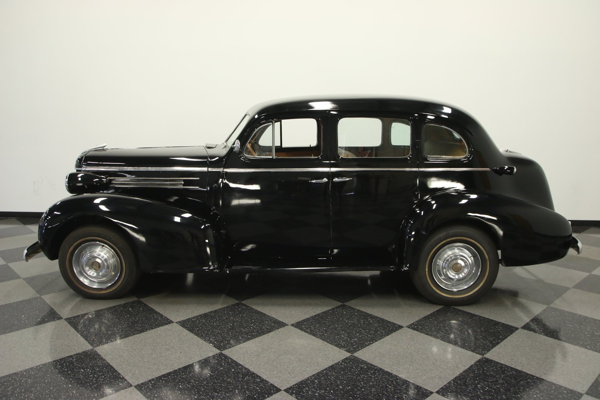 1937 oldsmobile six