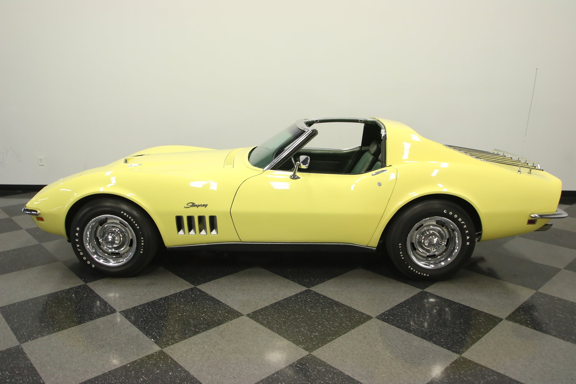 1969 chevrolet corvette 427 tri power