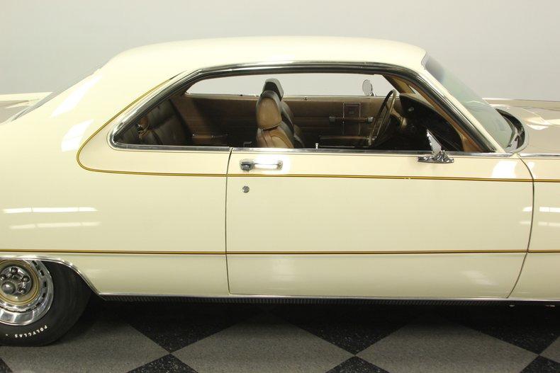 1970 Chrysler 300-H 35