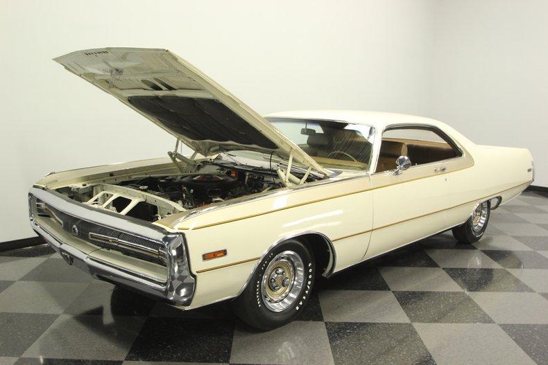 1970 Chrysler 300-H 38