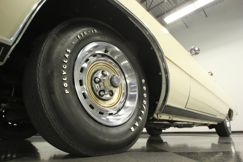 1970 Chrysler 300-H 23