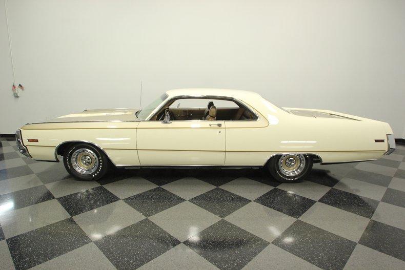 1970 Chrysler 300-H 2