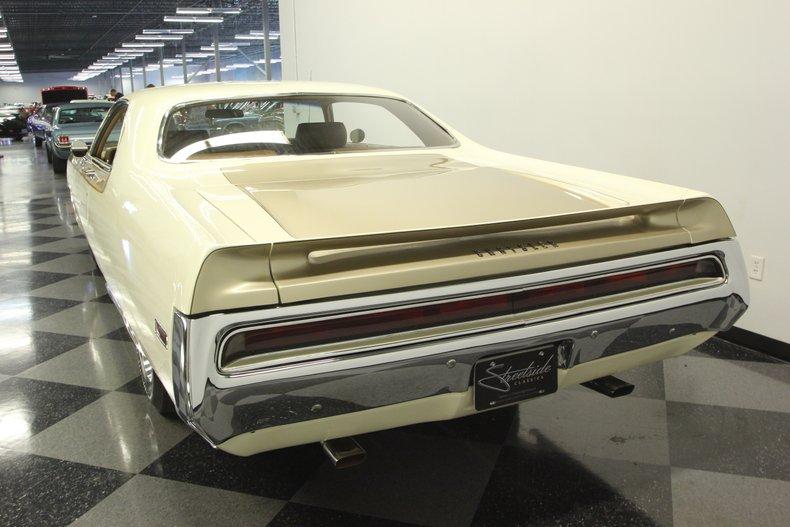 1970 Chrysler 300-H 10