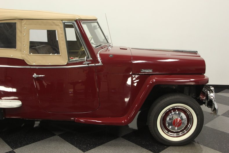 1948 Willys Jeepster 33