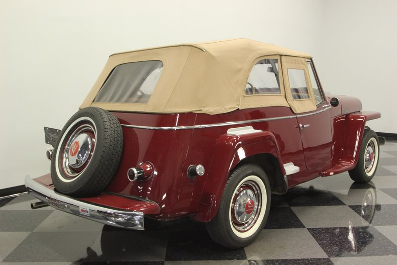 1948 Willys Jeepster 12