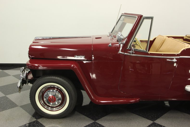 1948 Willys Jeepster 24