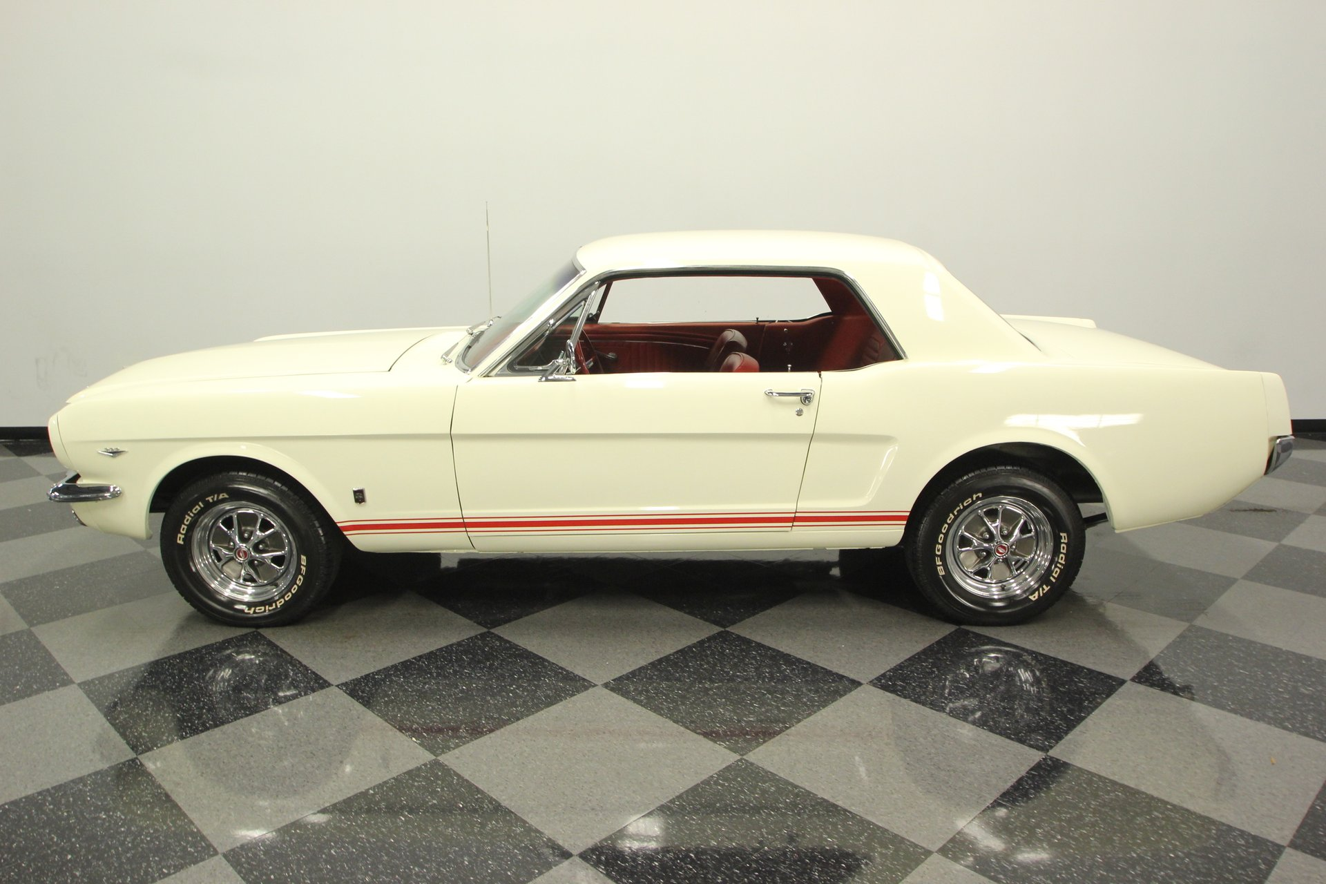 1965 ford mustang gt t5