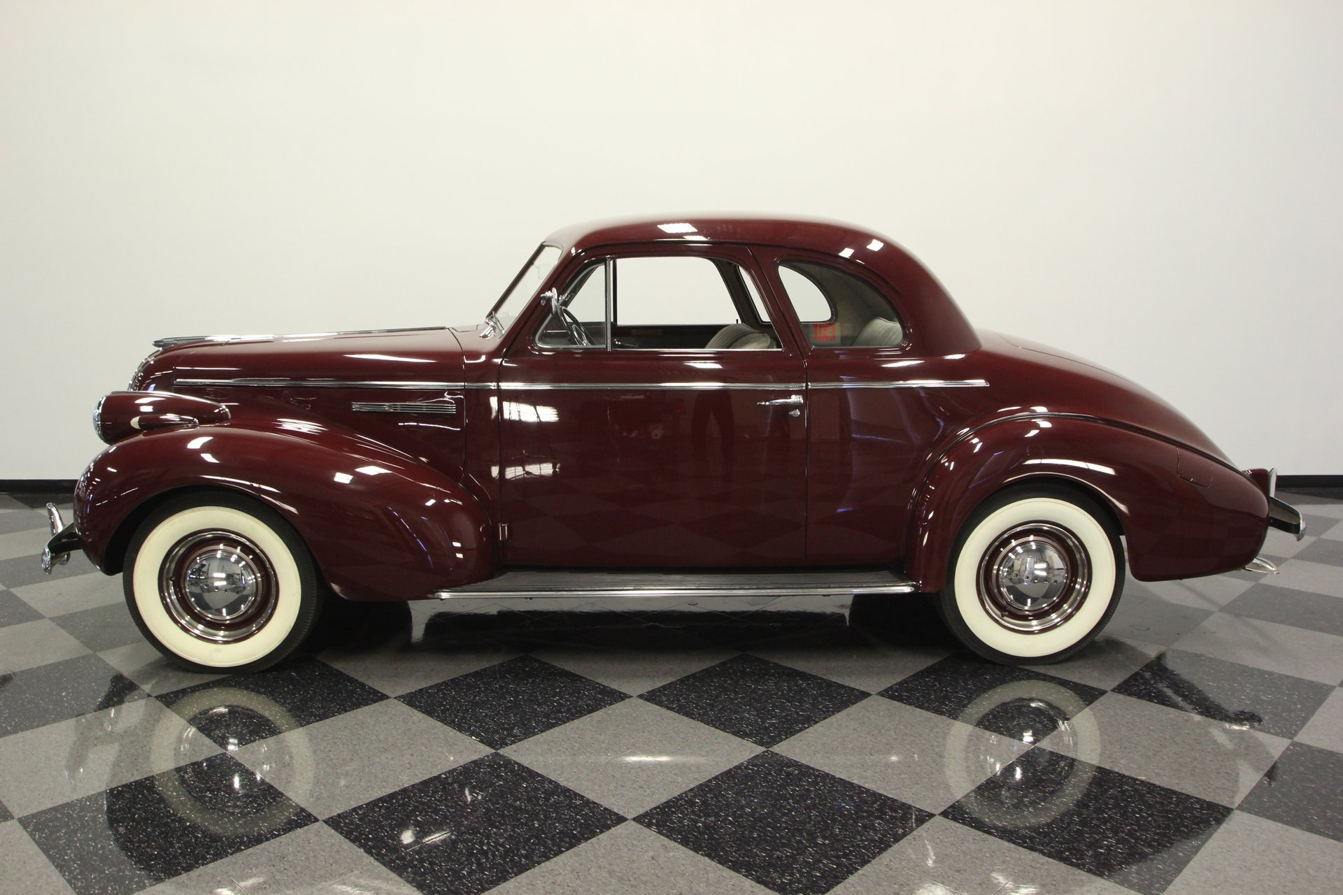 1939 buick 46s sports coupe