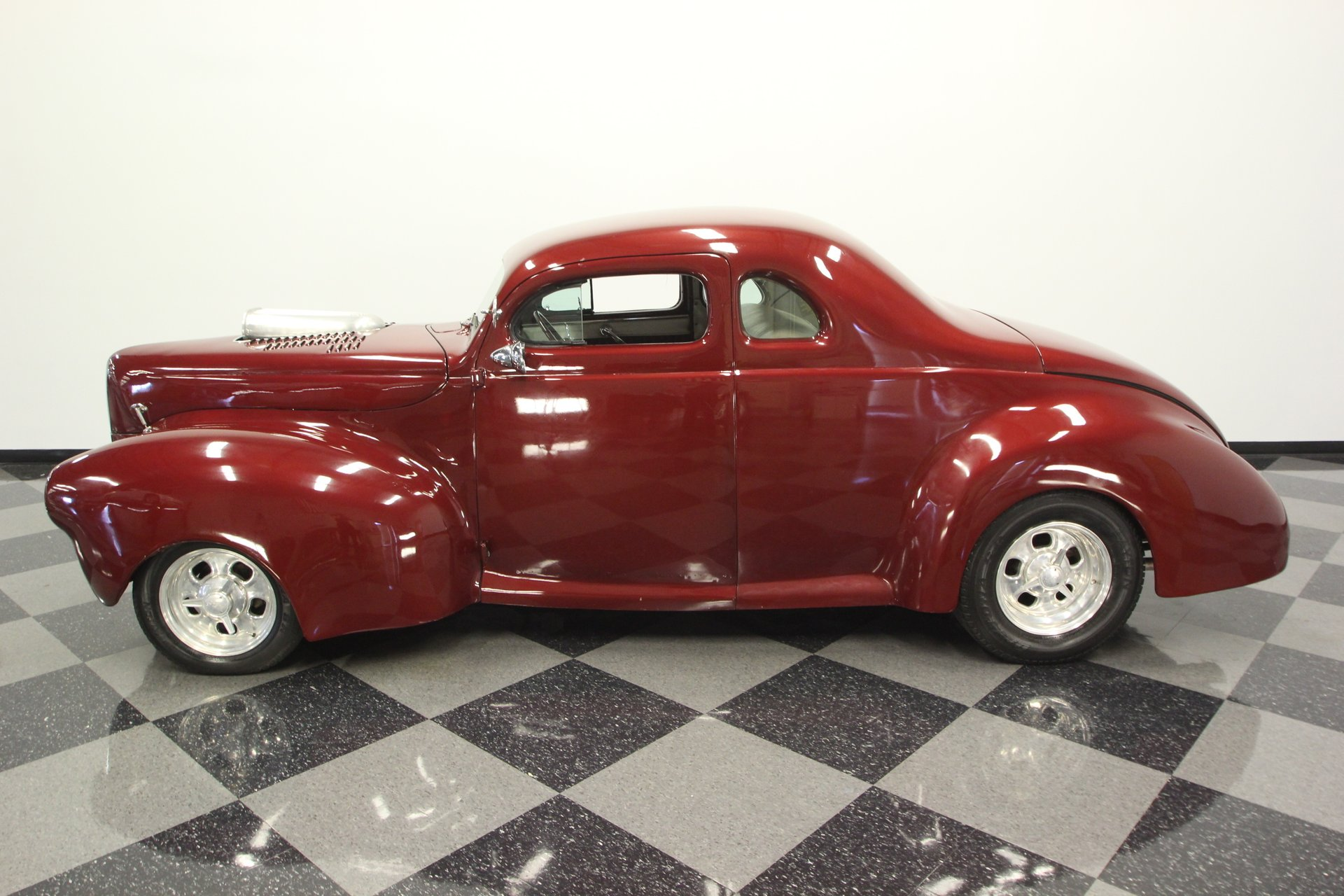 1940 ford club coupe street rod