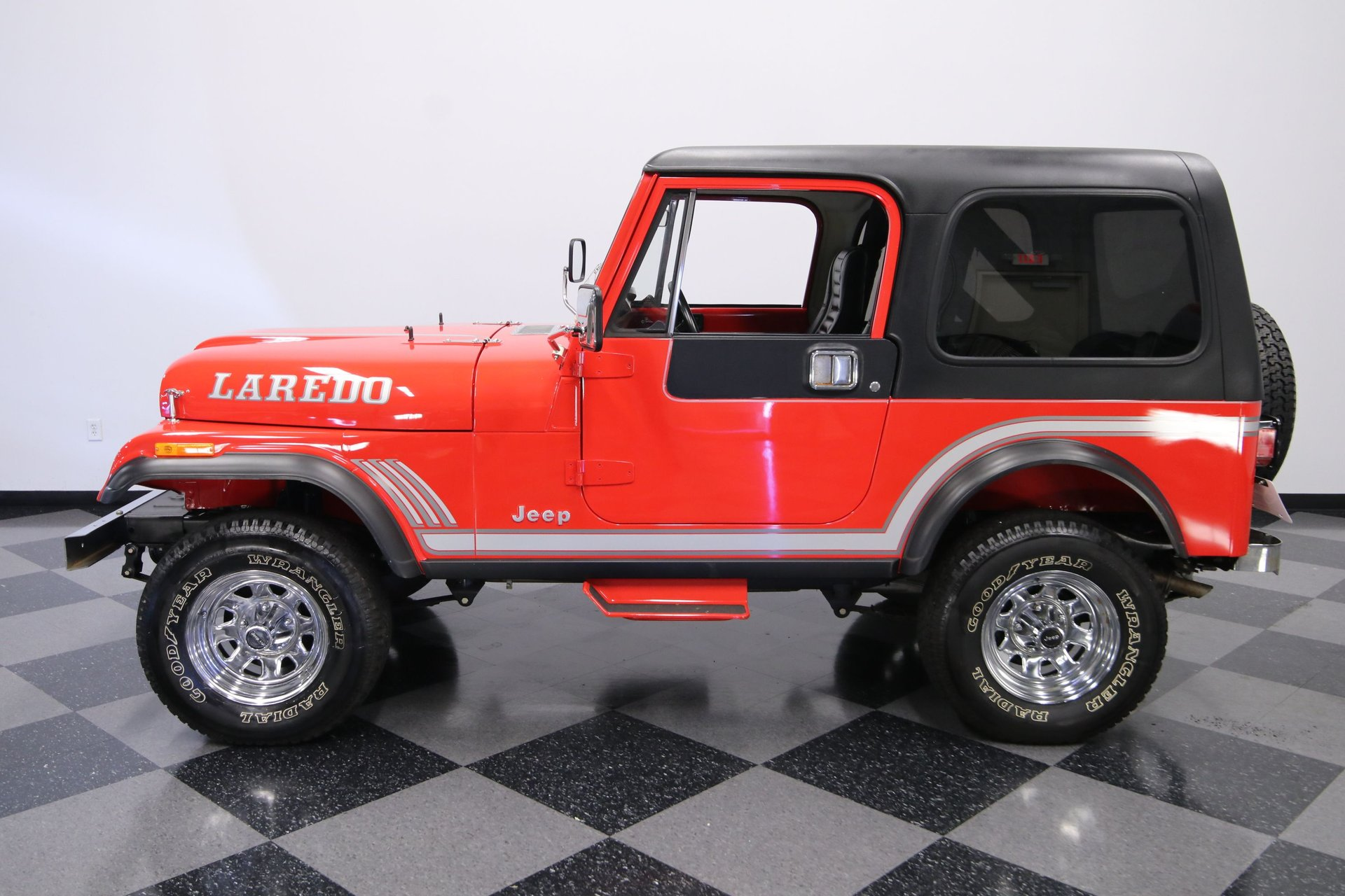 1985 jeep cj7 laredo