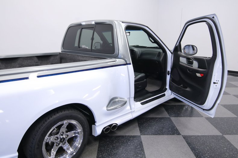2000 Ford F-150 56