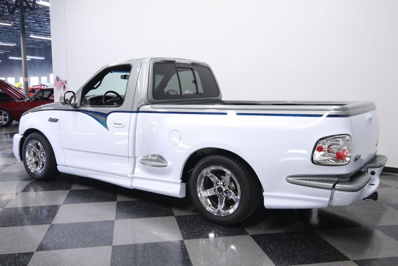 2000 Ford F-150 8