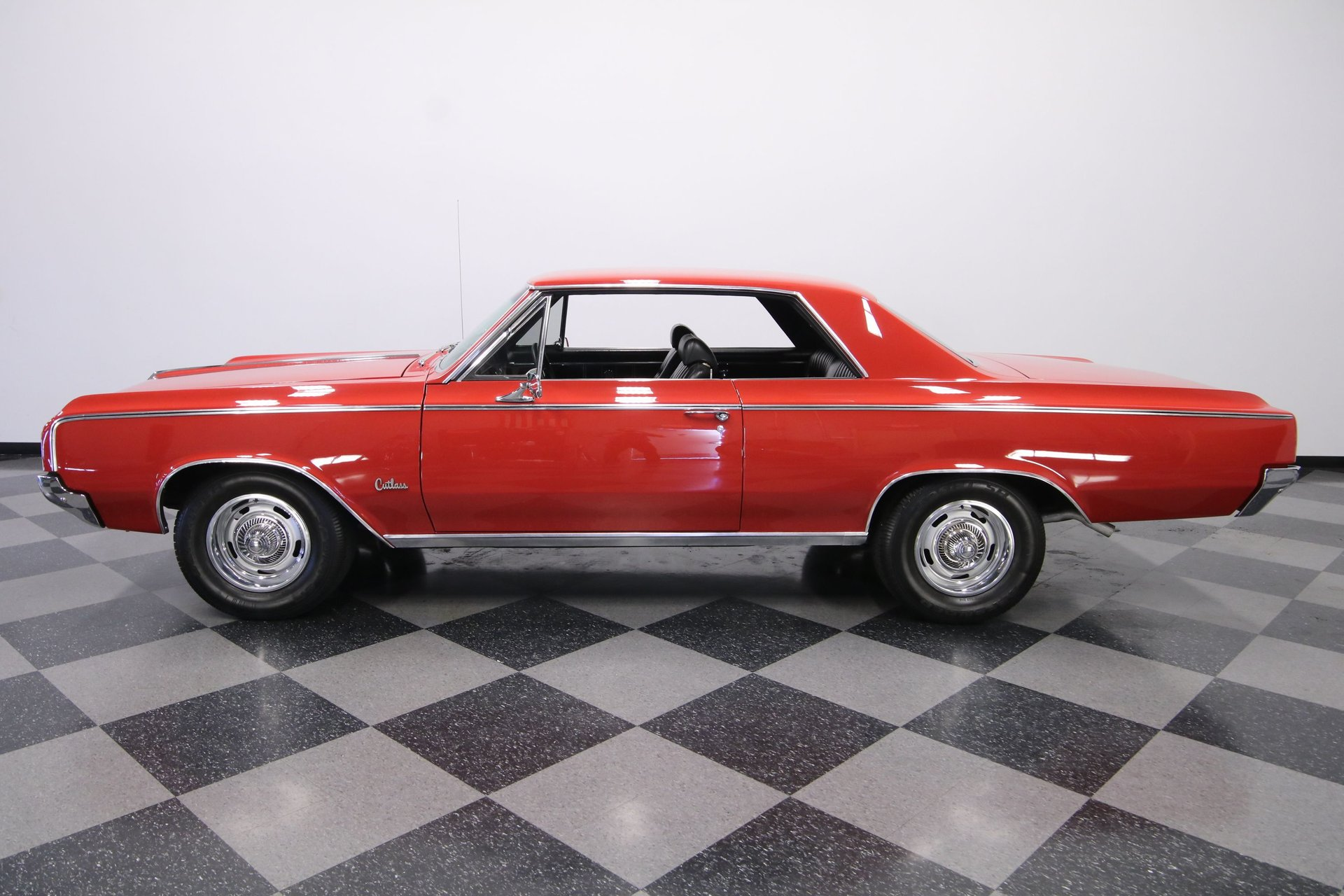 1964 oldsmobile cutlass holiday coupe