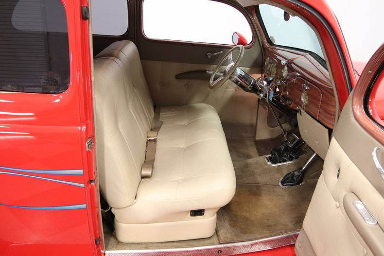 1937 Ford Humpback 53
