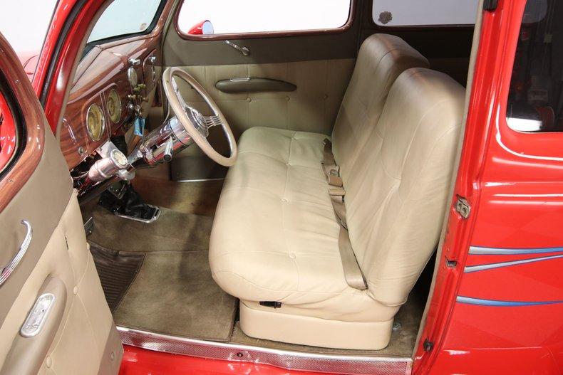 1937 Ford Humpback 4