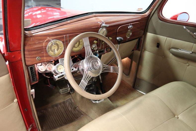 1937 Ford Humpback 45