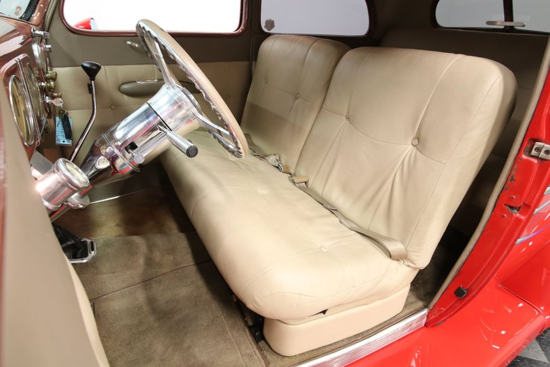 1937 Ford Humpback 49
