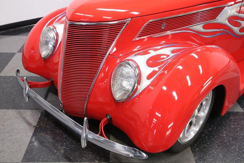 1937 Ford Humpback 22