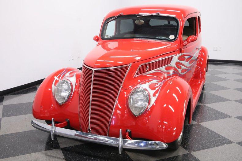 1937 Ford Humpback 20