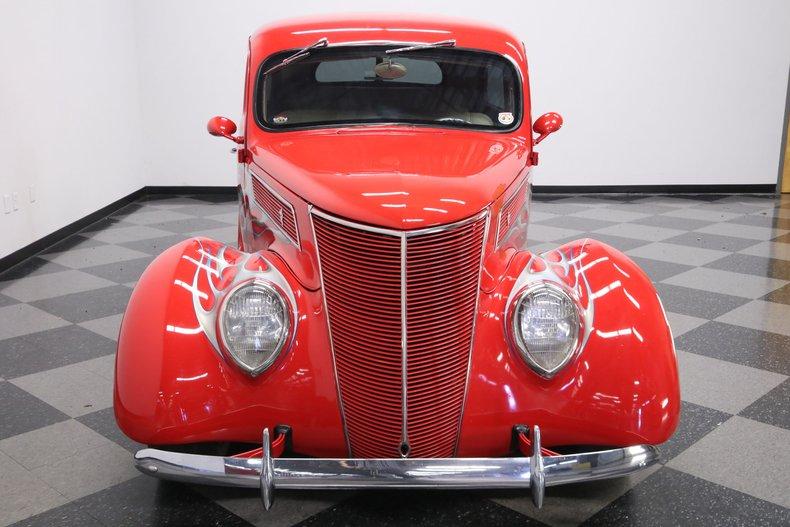 1937 Ford Humpback 19