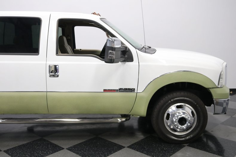 1999 Ford F-350 34