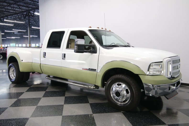 1999 Ford F-350 16