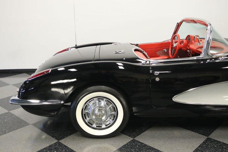 1959 Chevrolet Corvette 33