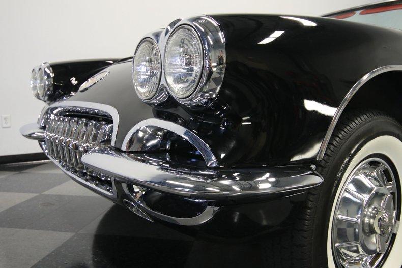 1959 Chevrolet Corvette 73